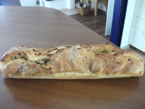 Giersch-Bärlauch-Brot